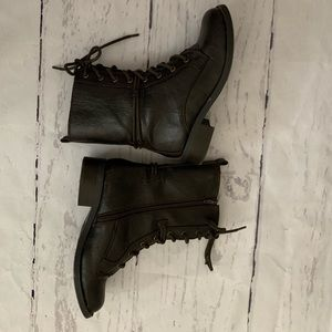 Soda brown combat boots size 8.5